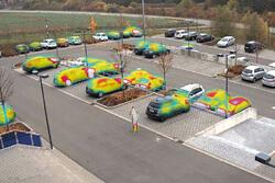 MOBOTIX Thermal Overlay auf Parkplatz